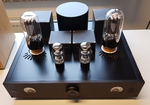 Pure black beauty a 211 triode Class-A in a puristic design